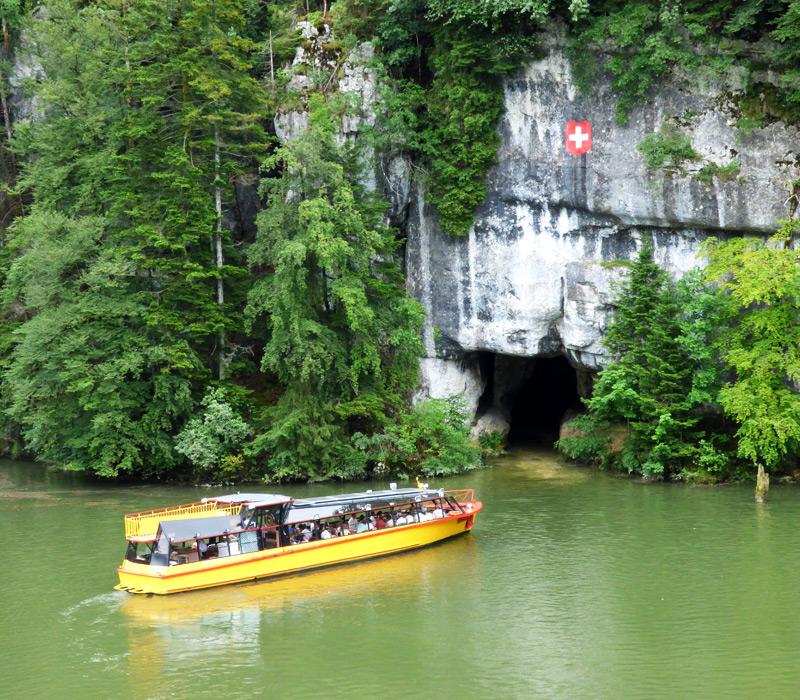 bateau jaune sur le doubs